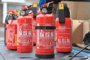 szkolenie p.poż i ewakuacji pracowników Szkolenie p.poż i ewakuacji pracowników gasnice1 300x200
