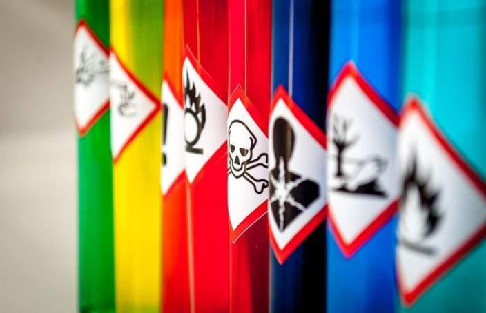 Zmiany wartości NDS czynników szkodliwych dla zdrowia w środowisku pracy oznaczenia clp 704x454