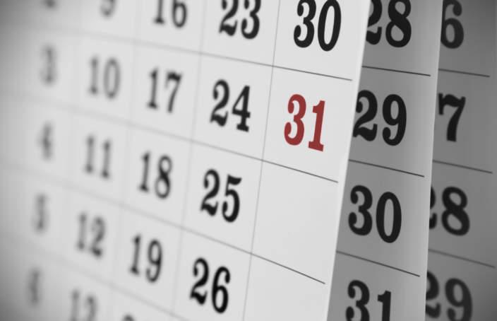 Dni wolne od pracy w 2018 roku calendar graphic 704x454